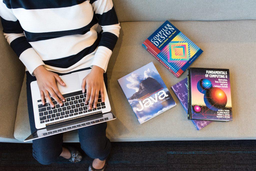 Ngôn ngữ lập trình web phổ biến